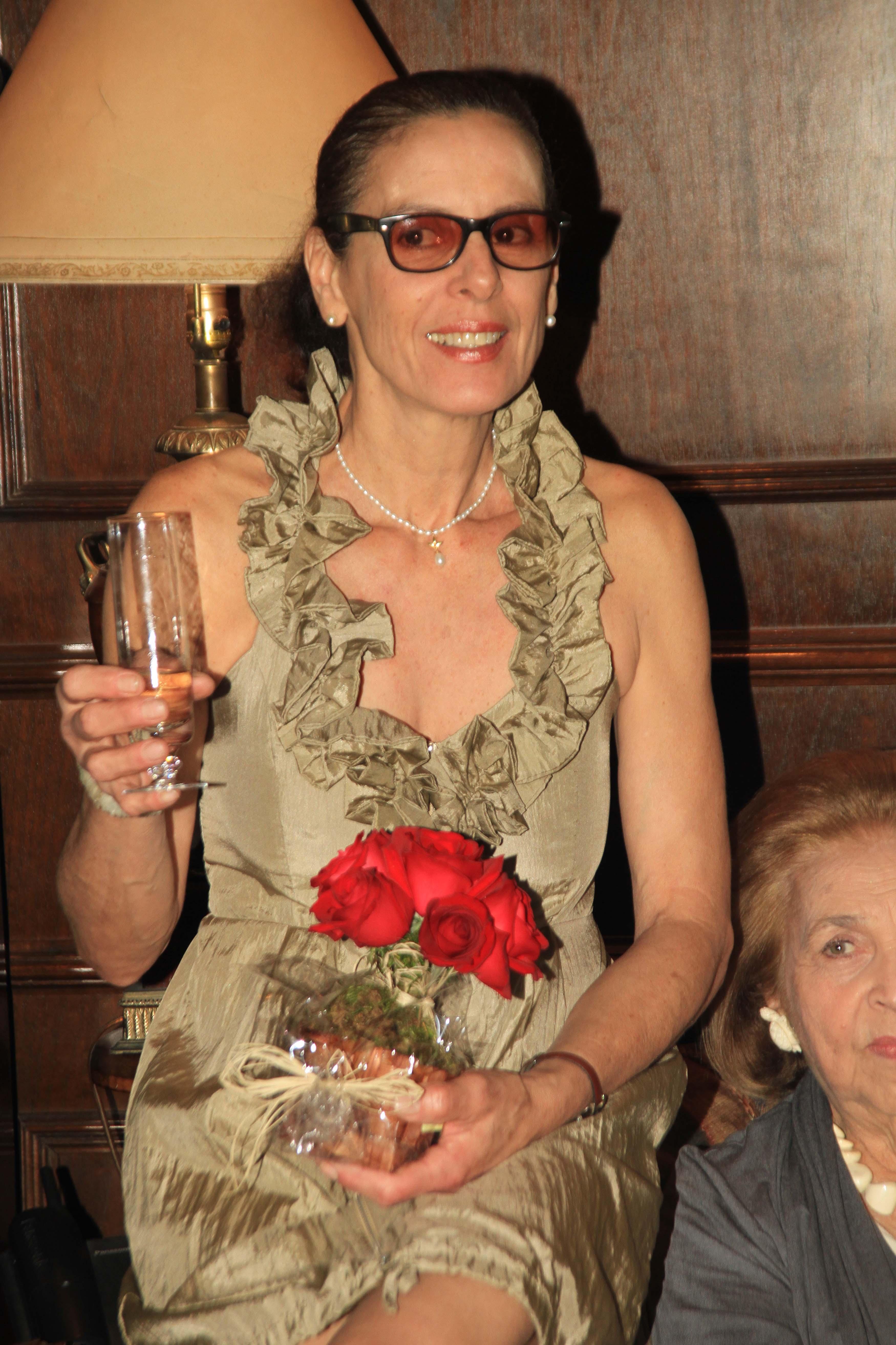 gisela131 Jantar do Dino, festa dos Grossi para Lindinho e o níver da Winston na casa de Gisella
